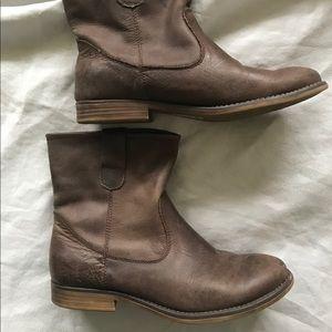 Crown Vintage size 36 short boots